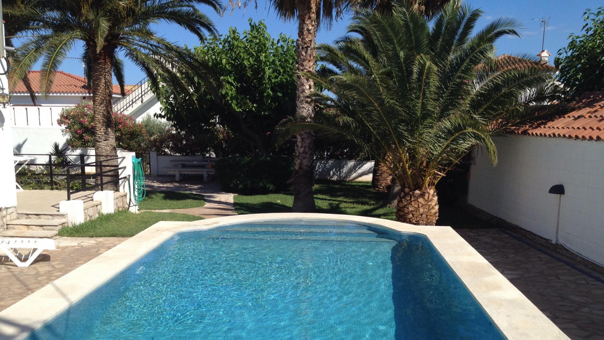 For Rent Villa Alcanar